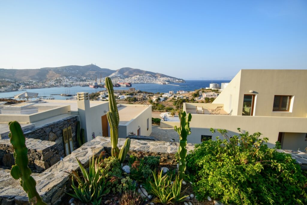 Photo Gallery – Property & View